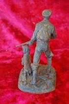 Скульптура Охотник, материал чугун, высота 17 см., ширина 9 см., длина 9 см. - 3