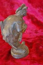 Скульптура Мужичёк, материал чугун, высота 17 см., ширина 6 см., длина 5 см. Касли - 4