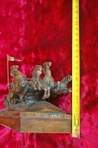 Скульптура Тачанка, материал бронза, высота 14 см., ширина 24 см., длина 11 см. - 6