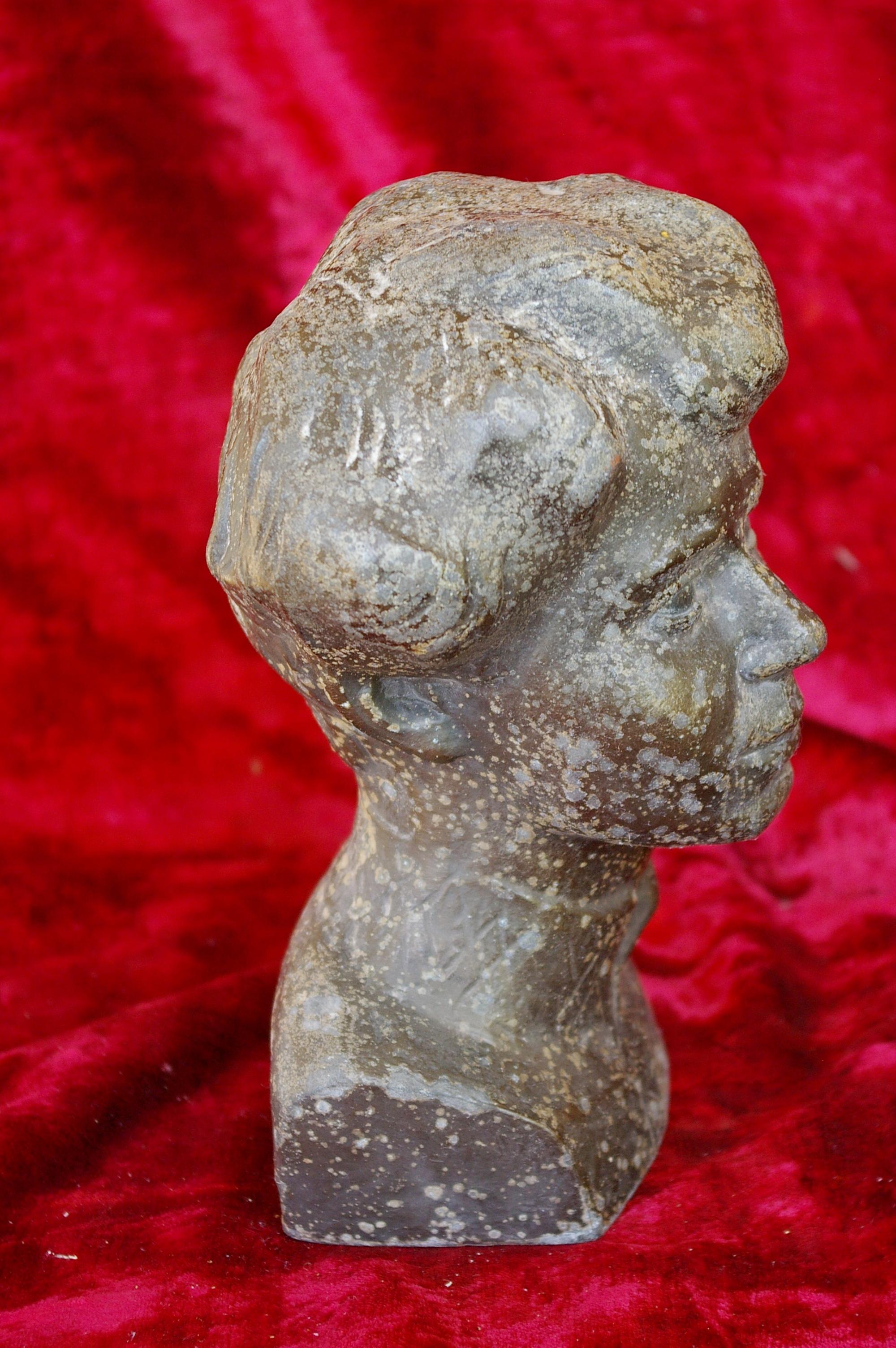 Скульптура Есенин, материал метал, высота 21 см., ширина 10 см., длина 6 см. - 3